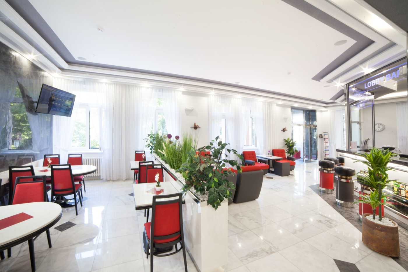 Concordia_lobby_bar